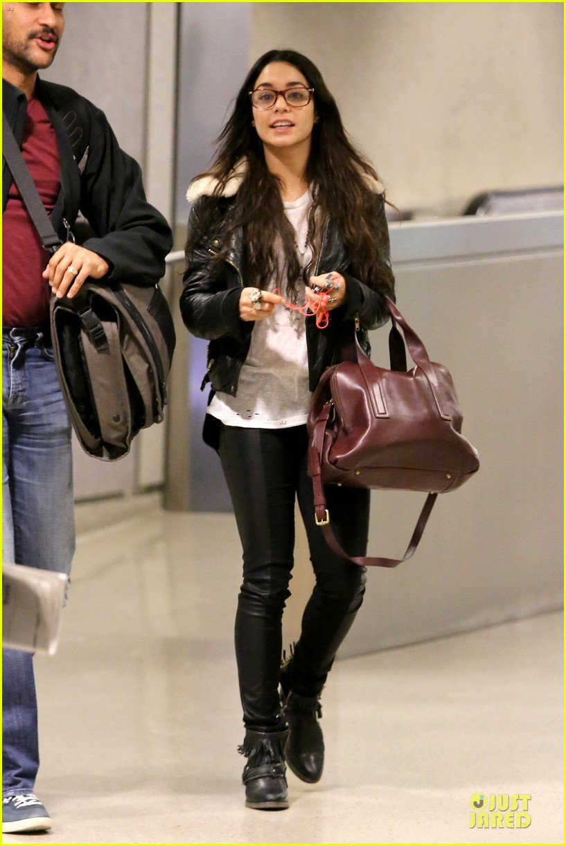 vanessa hudgens sports eyeglasses at lax airport 162993787