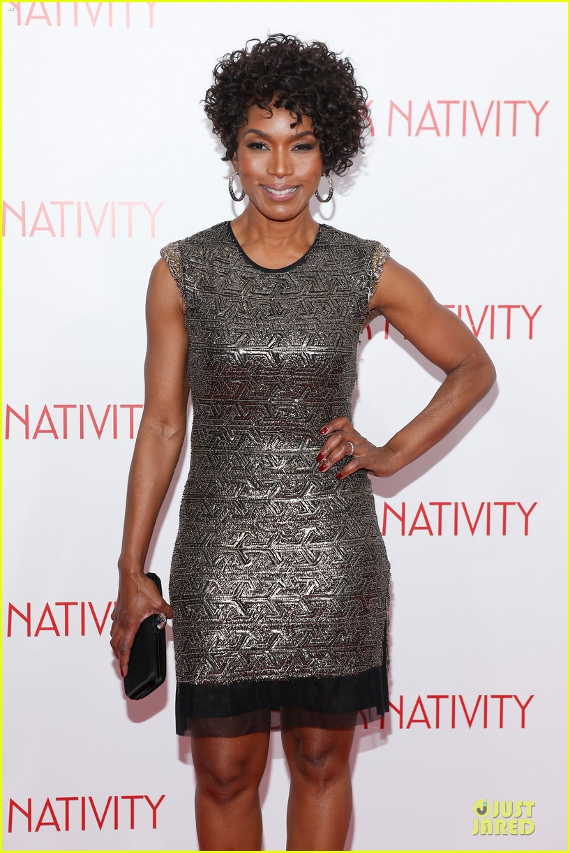 jennifer hudson angela bassett black nativity premiere 042995689