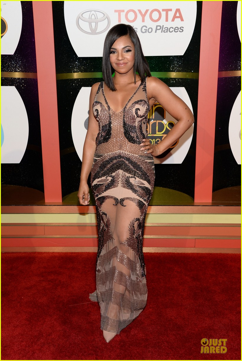 jennifer hudson ashanti soul train awards 2013 red carpet 062988739