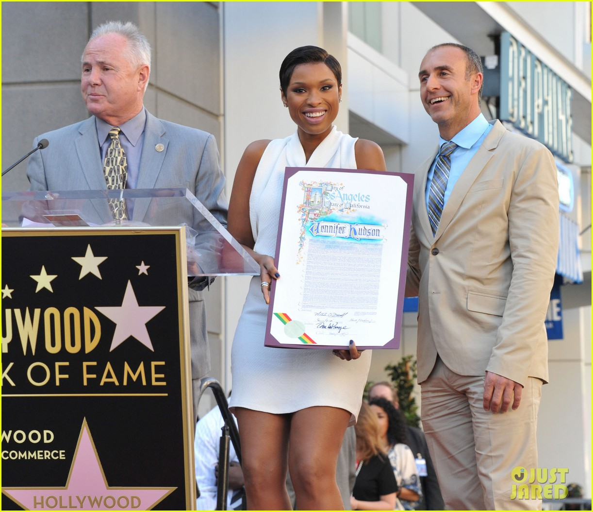 jennifer hudson receives star on hollywood walk of fame 12