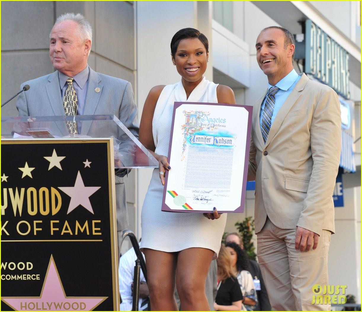jennifer hudson receives star on hollywood walk of fame 122992025