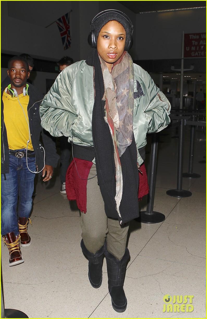 jennifer hudson receives star on hollywood walk of fame 17