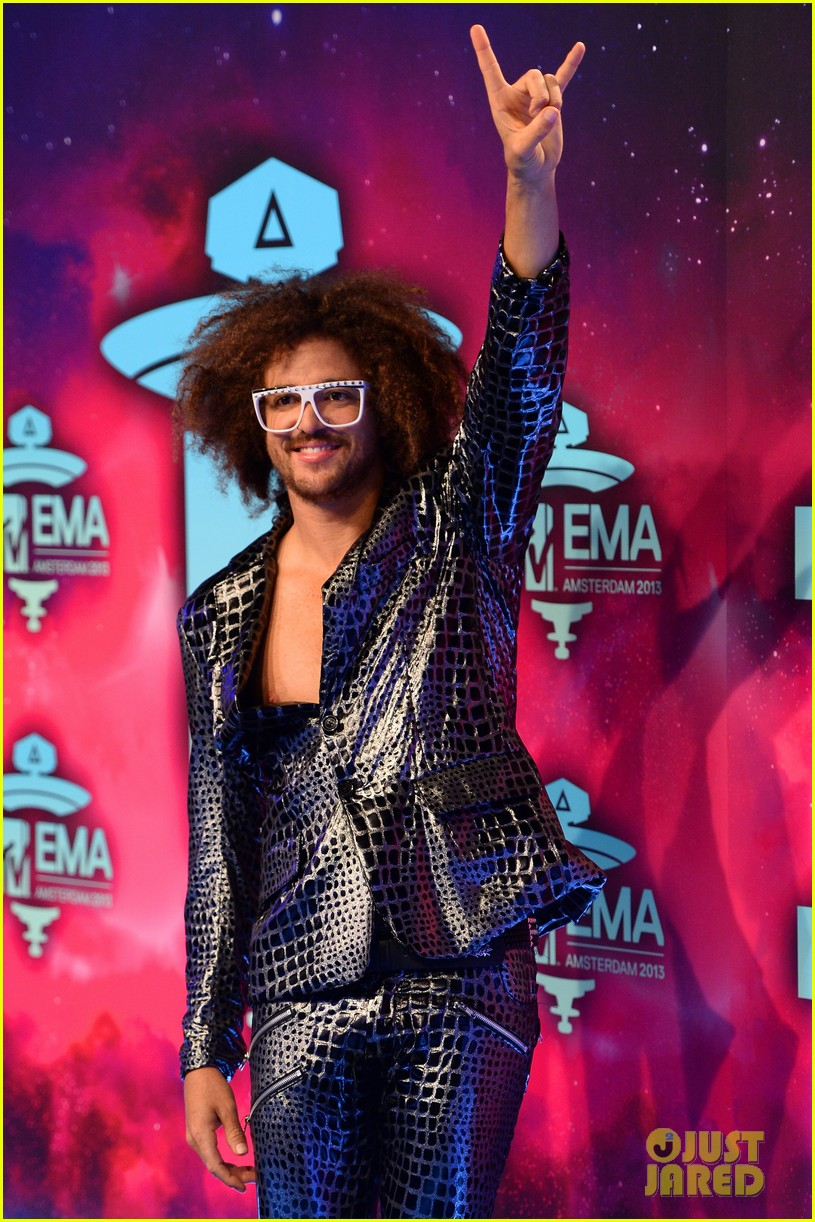 icona pop redfoo mtv emas 2013 red carpet 11