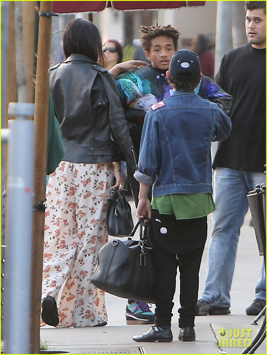jaden smith kylie jenner shop dine with larger group 072996506
