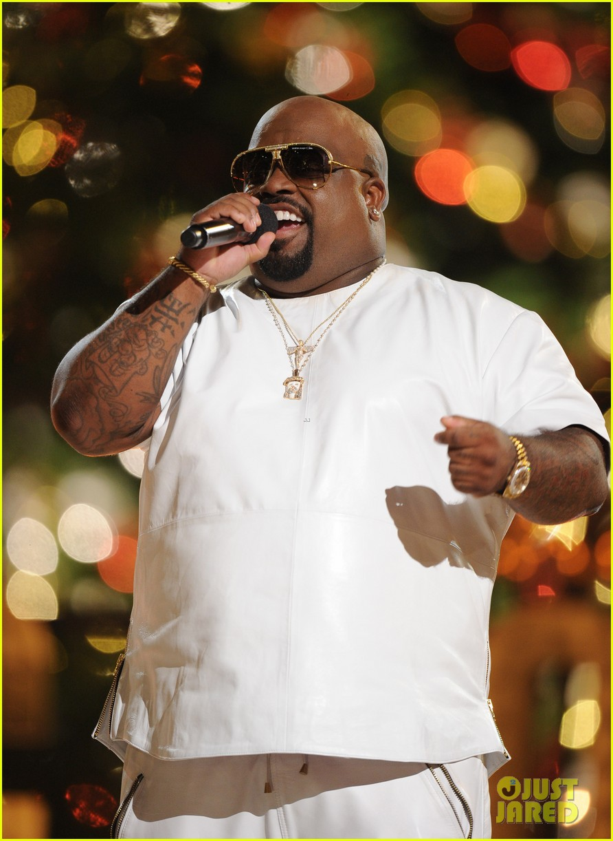 jewel cee lo green the groves tree lighting spectacular 2013 24