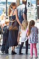 angelina jolie shops with knox vivienne 16