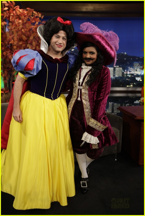 mindy kaling jimmy kimmel disney halloween costumes 032984102