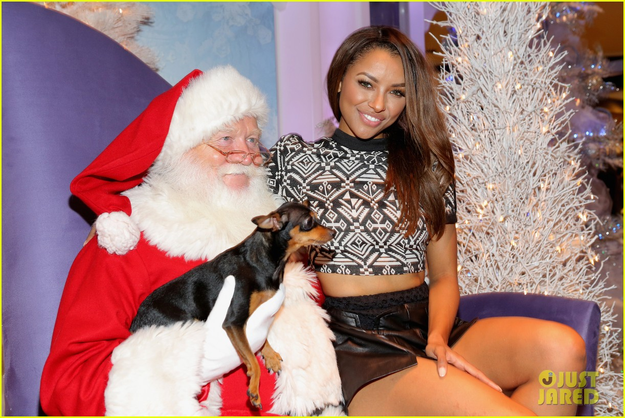 kat graham pet pup izzy beverly center pet portrait kick off 02