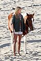 kate upton sexy cowgirl photo shoot 15