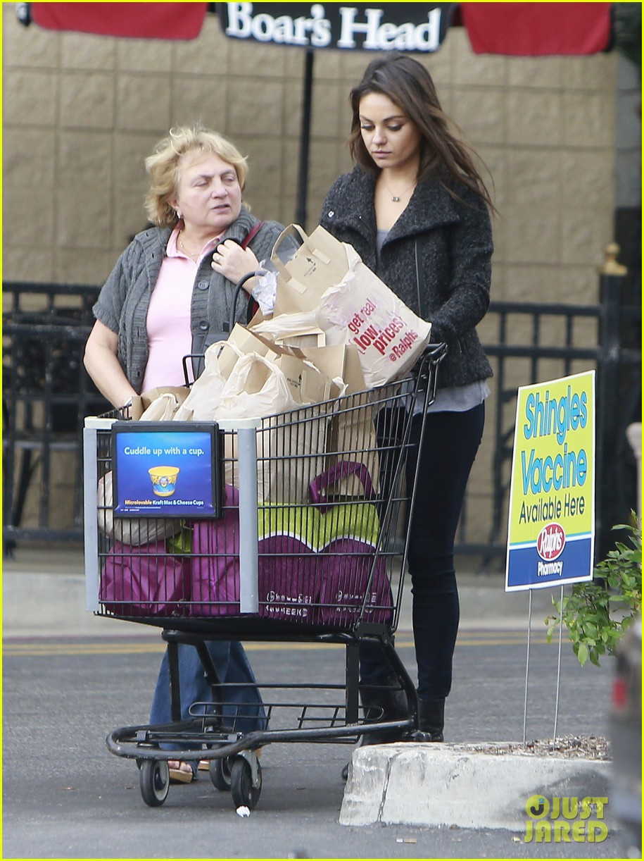 mila kunis shops amidst ashton kutchers walmart feud 132997298