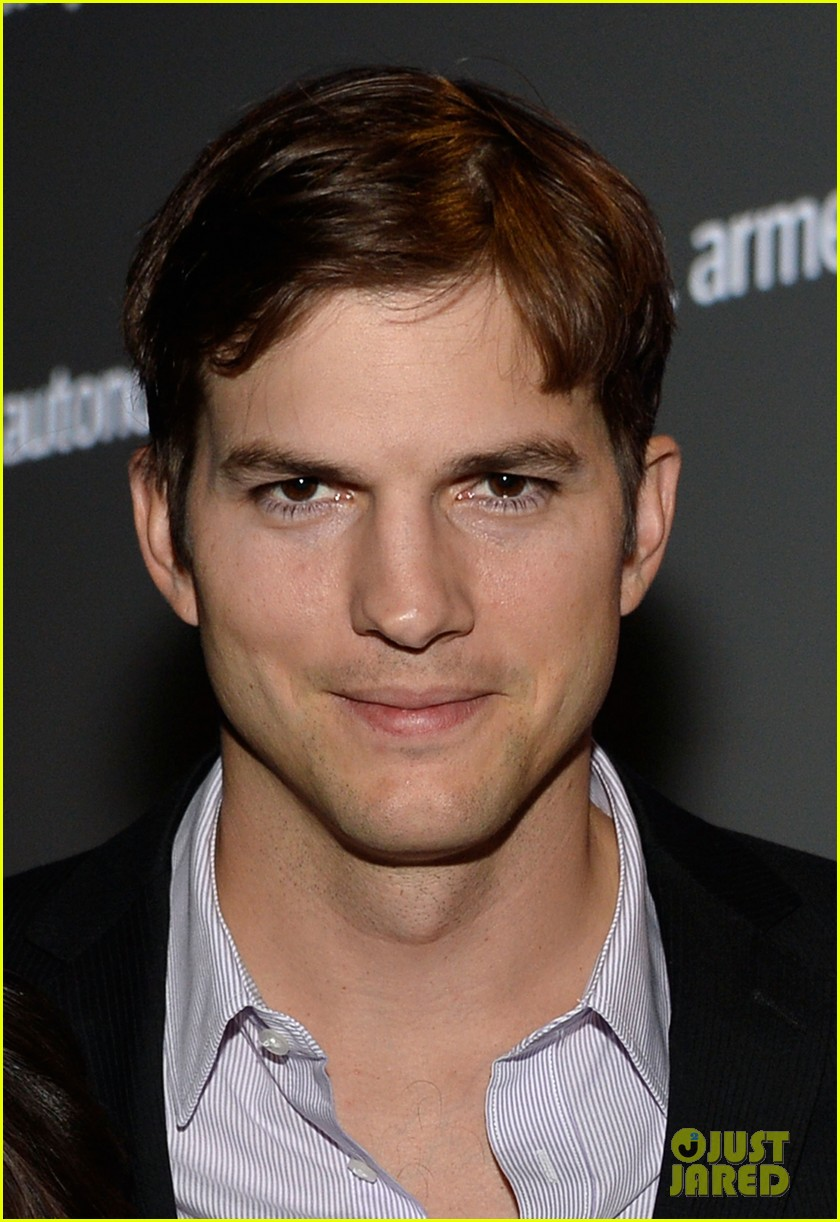 ashton kutcher speaks at human rights watch dinner 06
