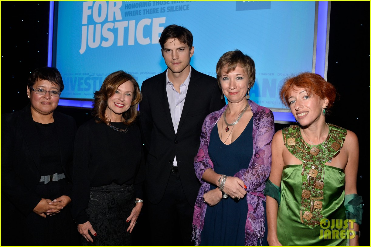 ashton kutcher speaks at human rights watch dinner 172991435