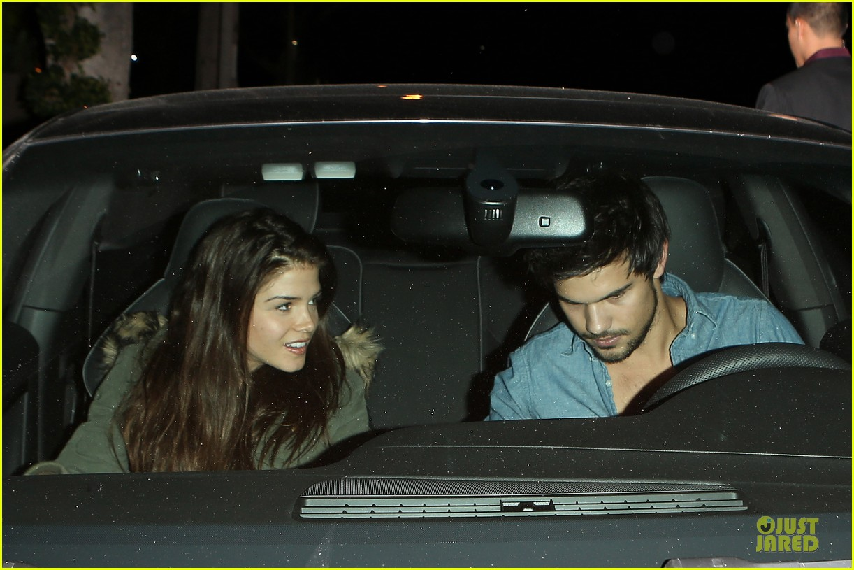 taylor lautner marie avgeropoulos lermitage dinner date 10
