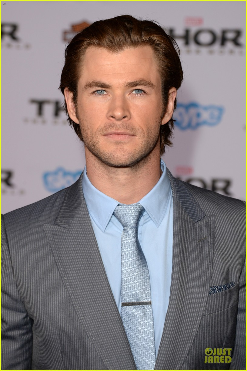 liam hemsworth supports bro chris at thor hollywood premiere 10