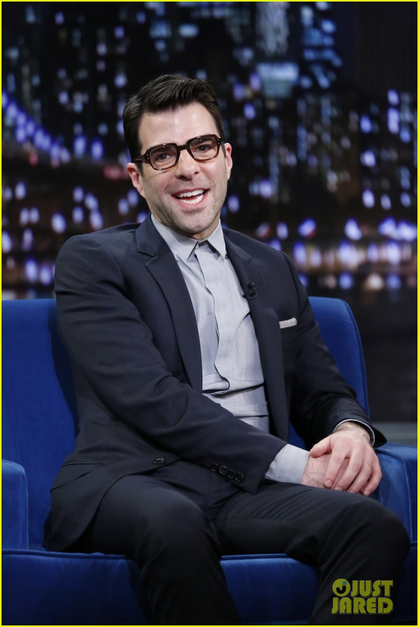 zachary quinto lucy liu play catchphrase on jimmy fallon 032986966