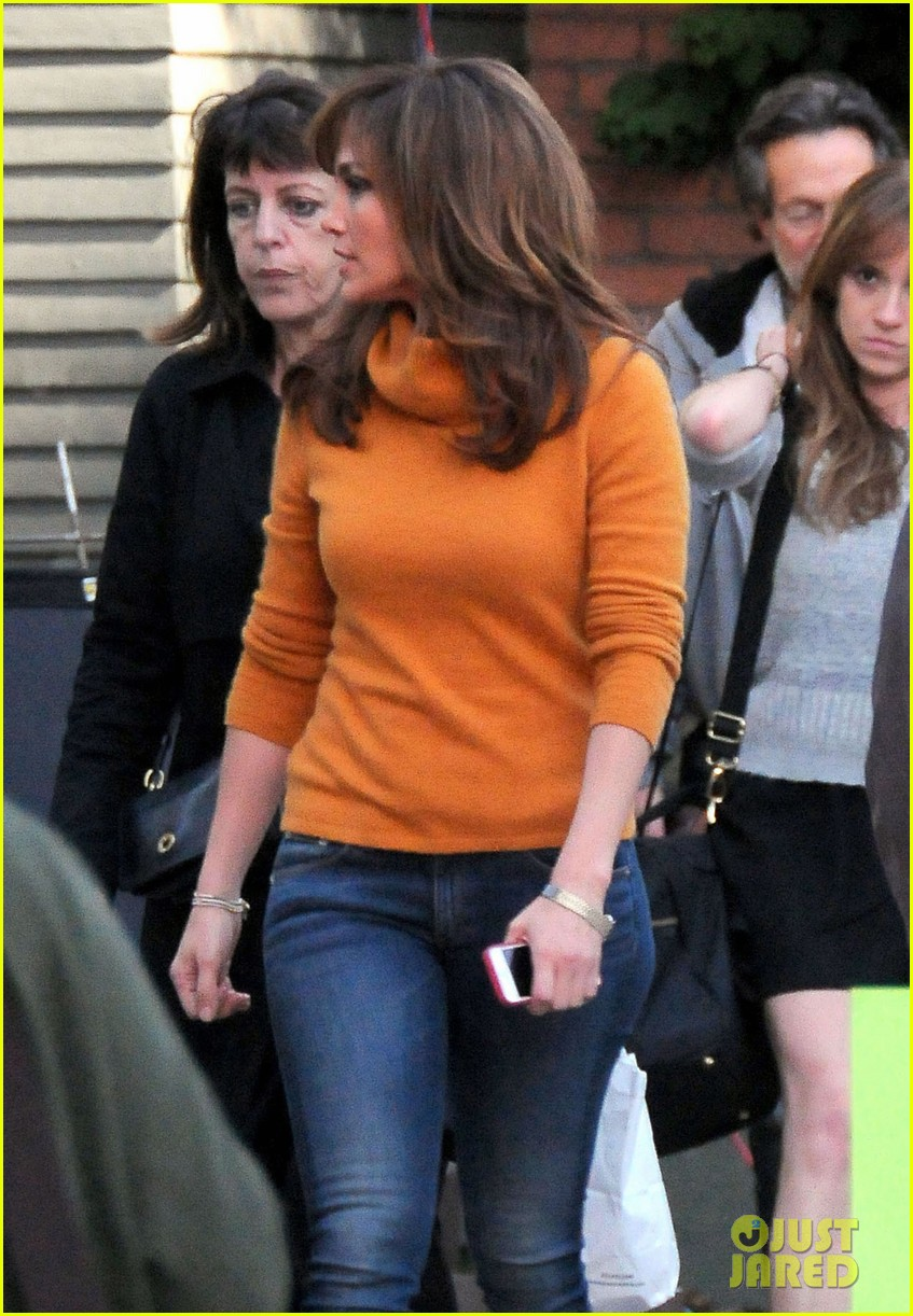 jennifer lopez begins filming boy next door 16
