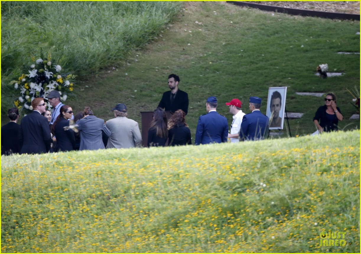 rachel mcadams funeral scene for untitled cameron crowe project 062995648