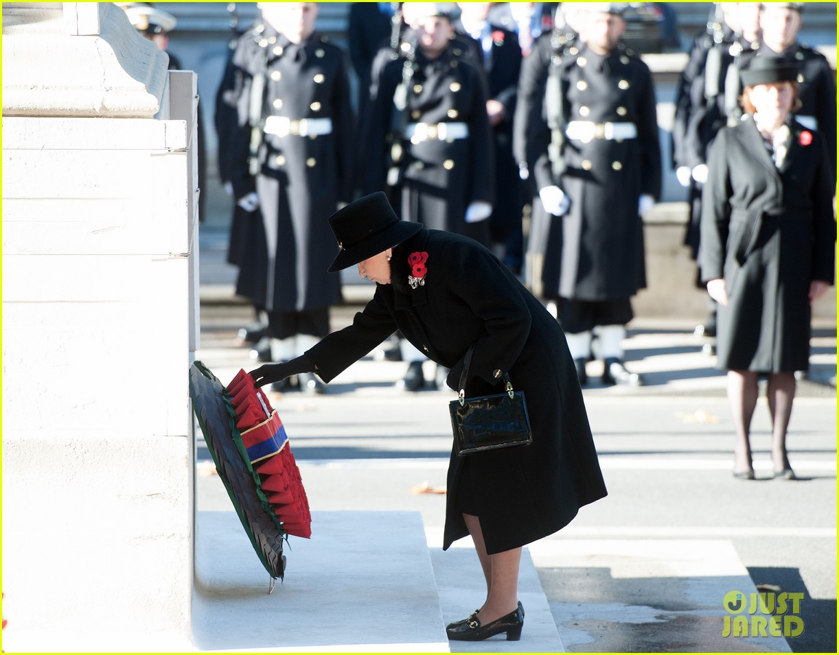 kate middleton prince william remembrance sunday sevice 082989715