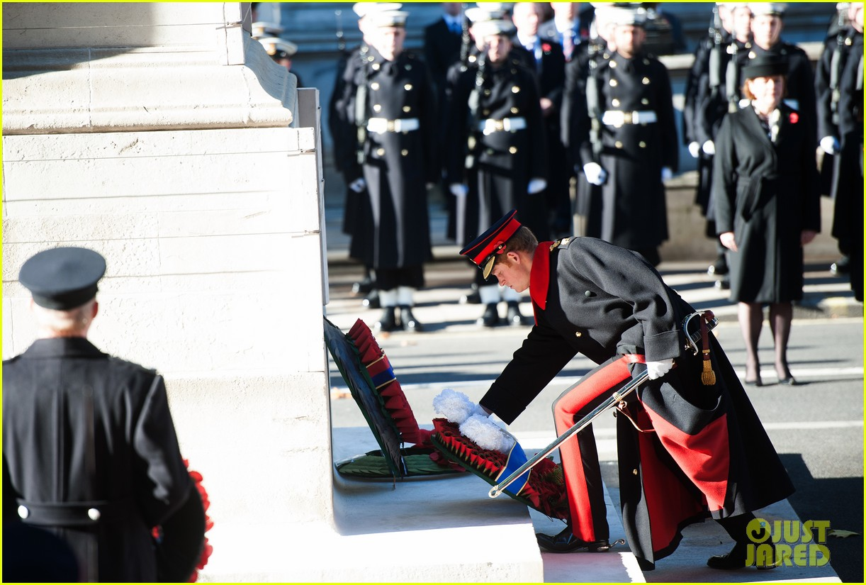 kate middleton prince william remembrance sunday sevice 13