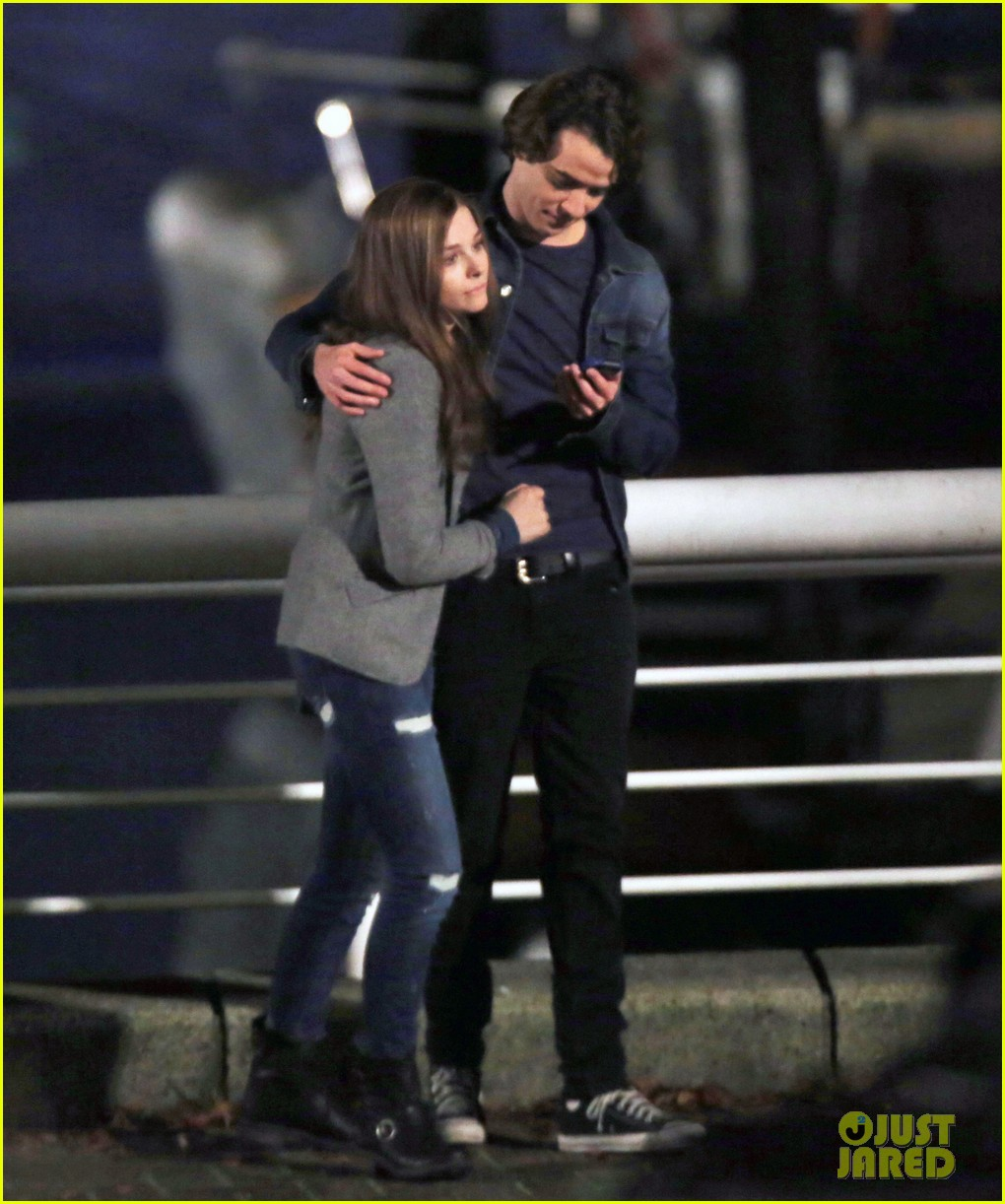 chloe moretz kisses co star jamie blackley on set 283001252