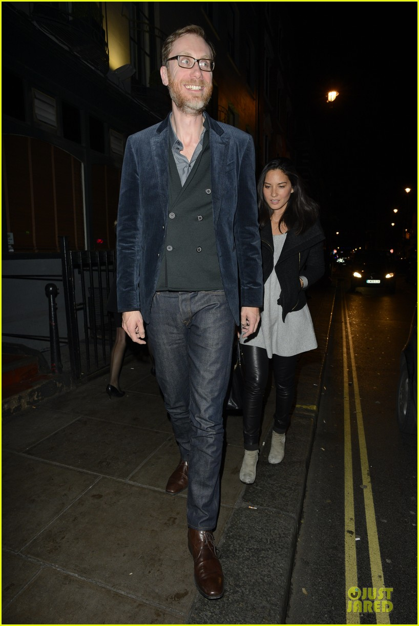 olivia munn groucho club with stephen merchant 012994051