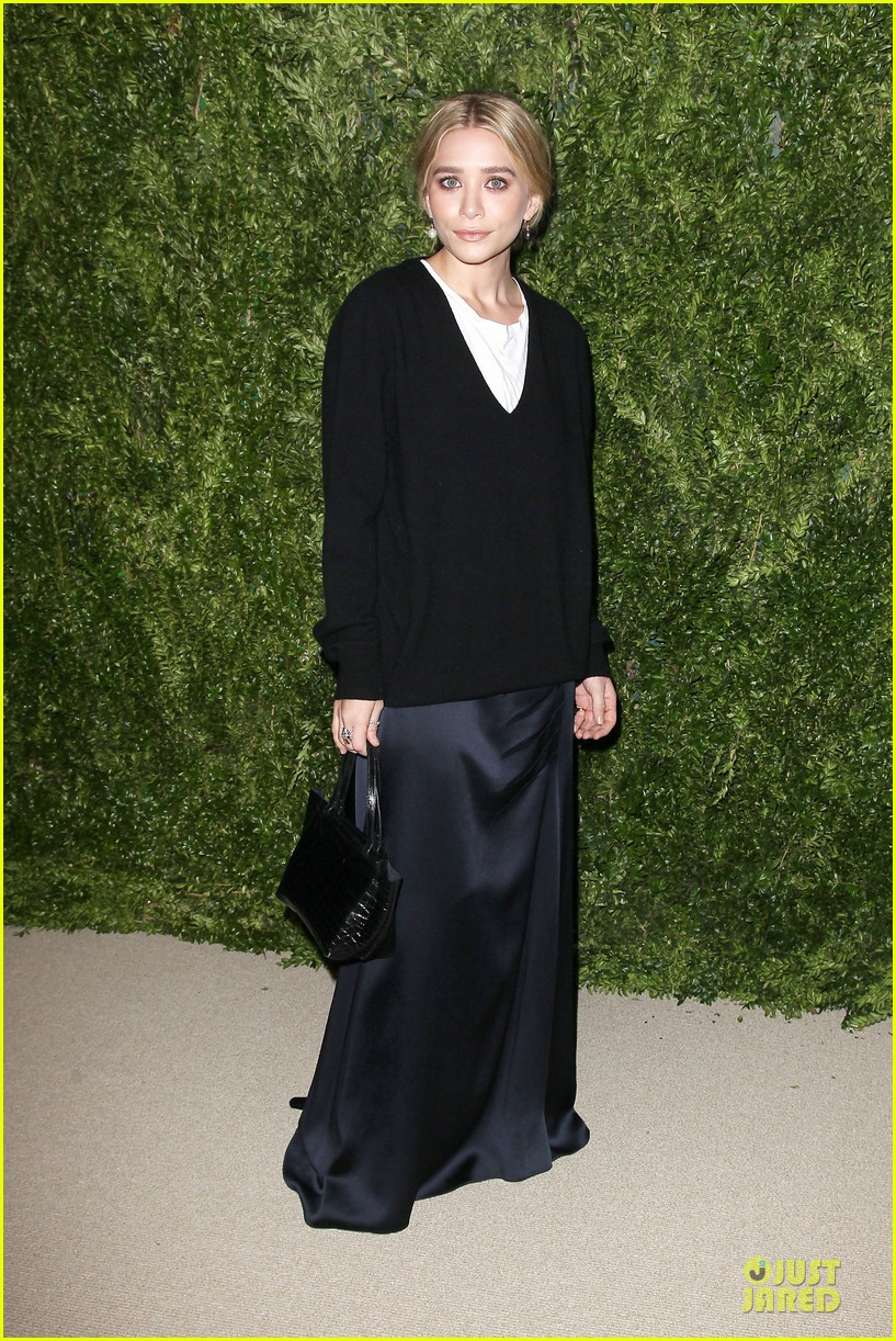 ashley olsen julianne moore cfda fashion fund finalists celebration 14
