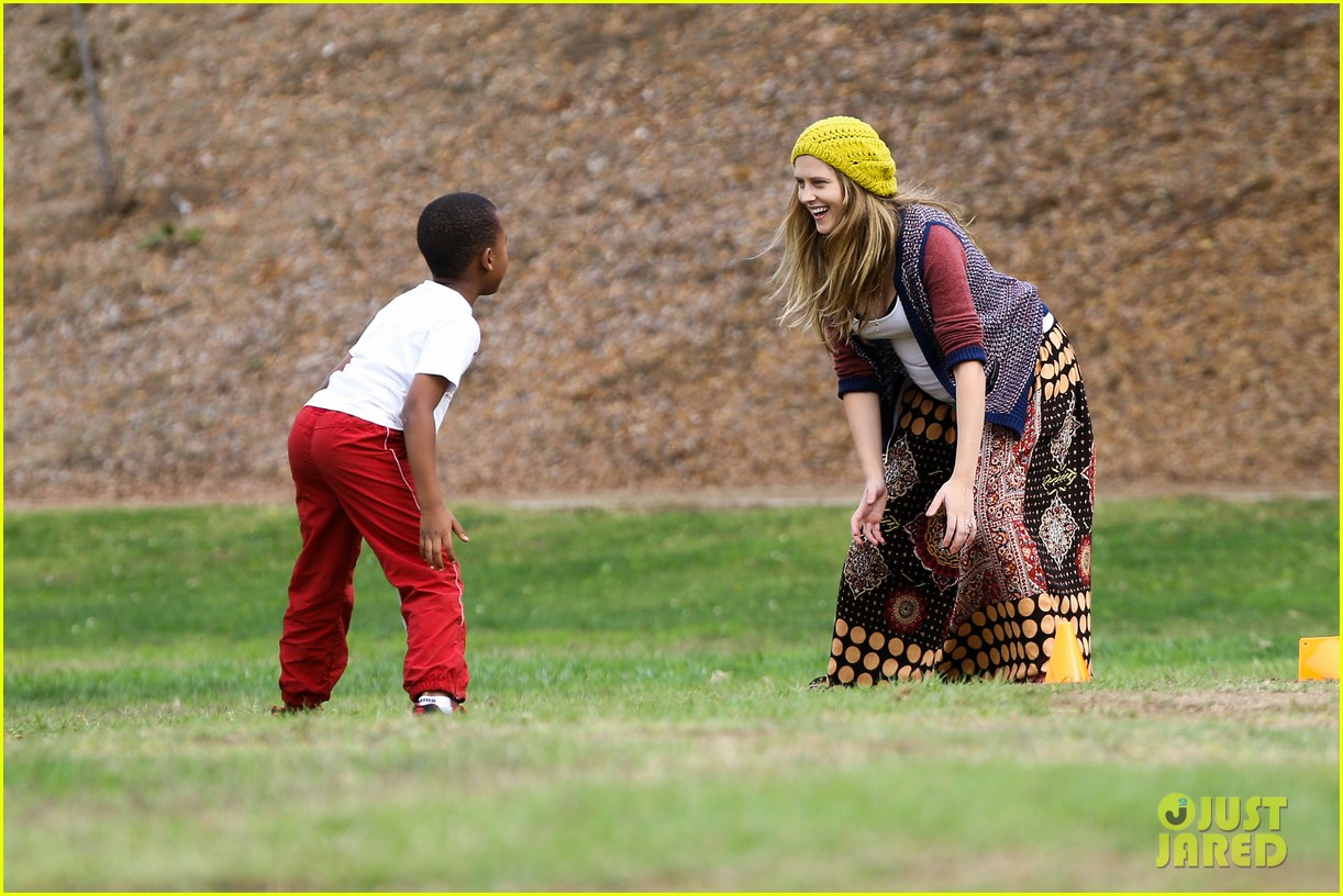 teresa palmer dives for ball during family football game 162998782