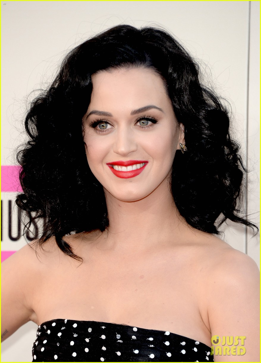katy perry amas 2013 red carpet 06
