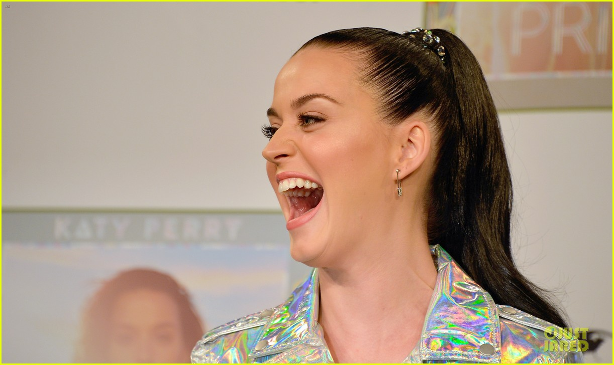 katy perry set to open american music awards 11