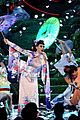 katy perry unconditionally performance at amas 2013 video 20