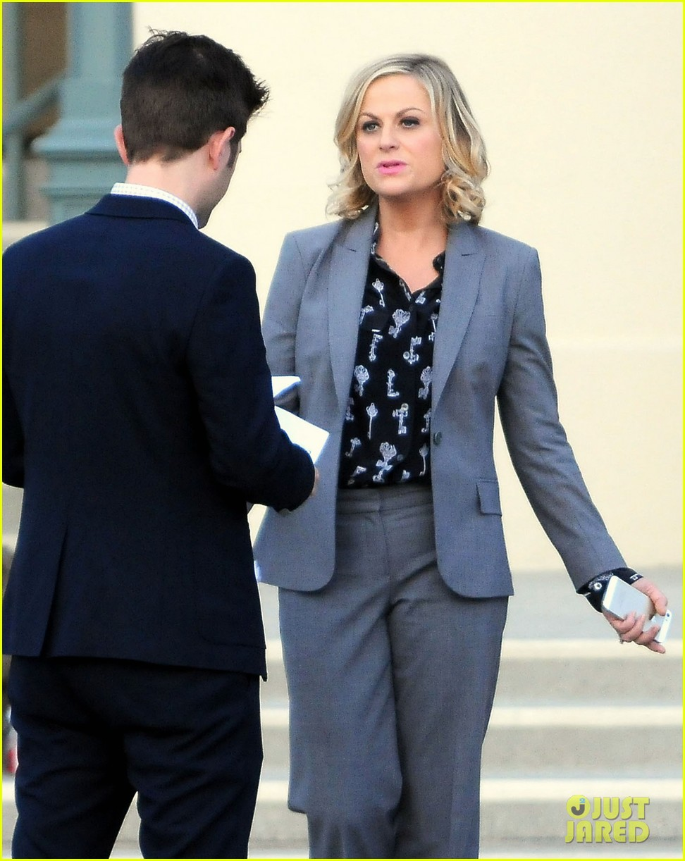amy poehler adam scott film parks recreation together 04
