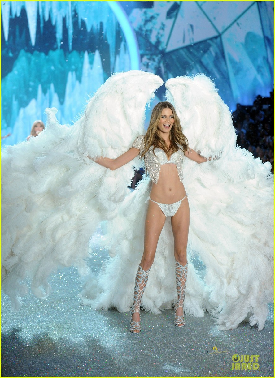 behati prinsloo erin heatherton victorias secret fashion show 2013 18