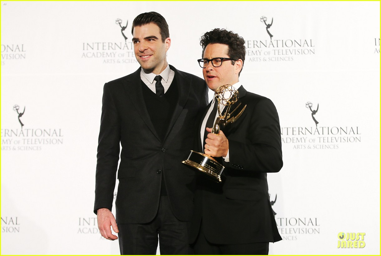 zachary quinto honors jj abrams at international emmys 12