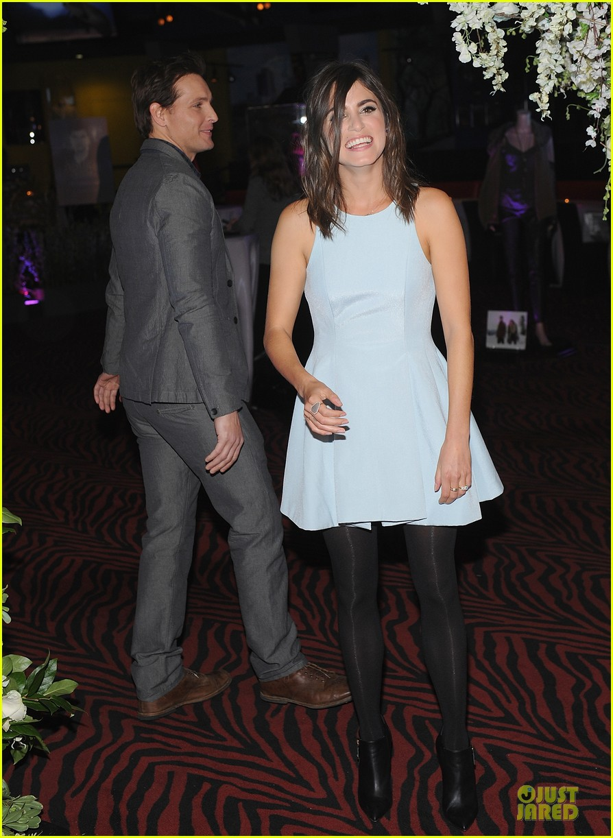 nikki reed peter facinelli twilight experience exhibit launch 20