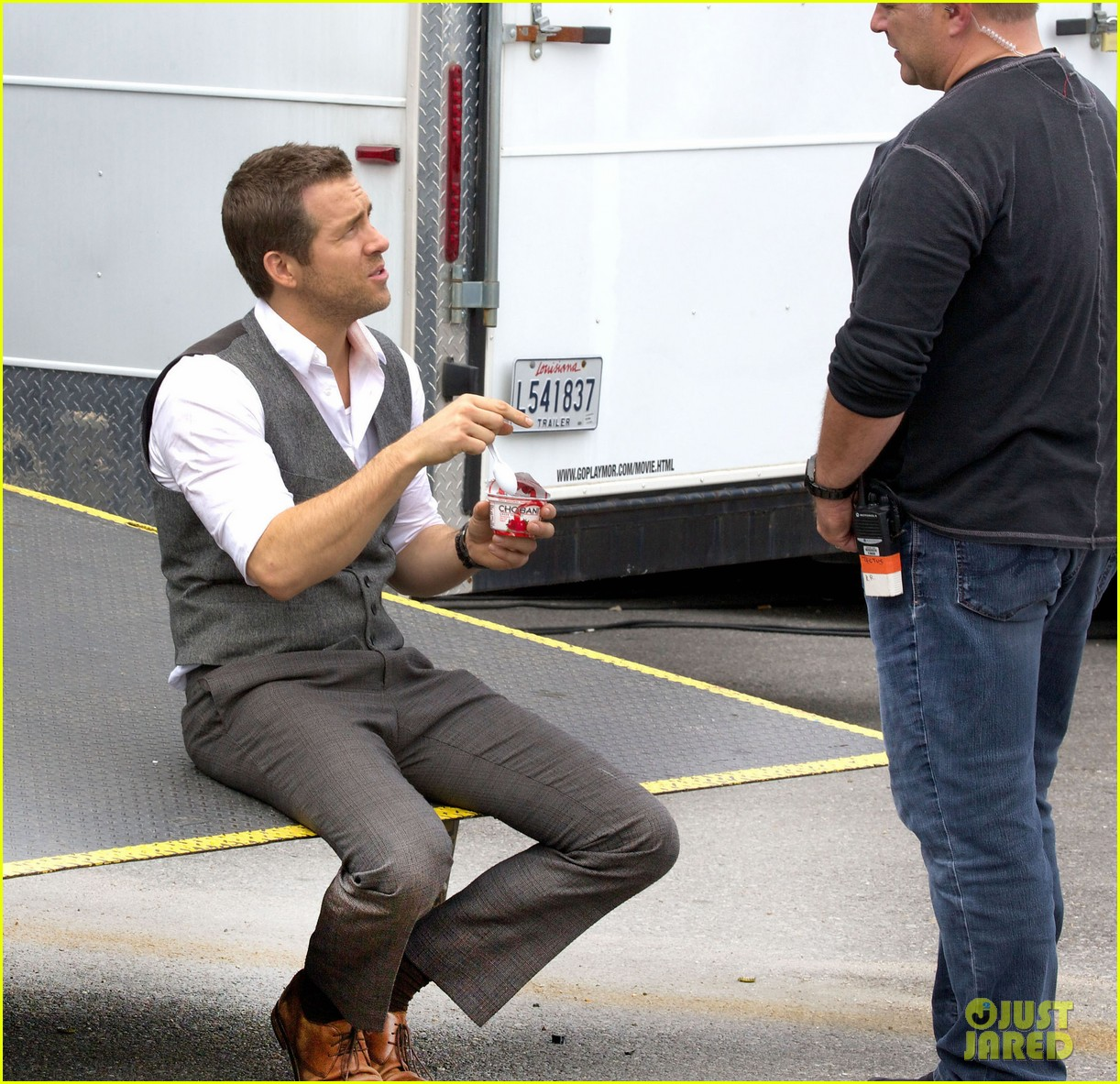 ryan reynolds back on set after new york city weekend 052991047