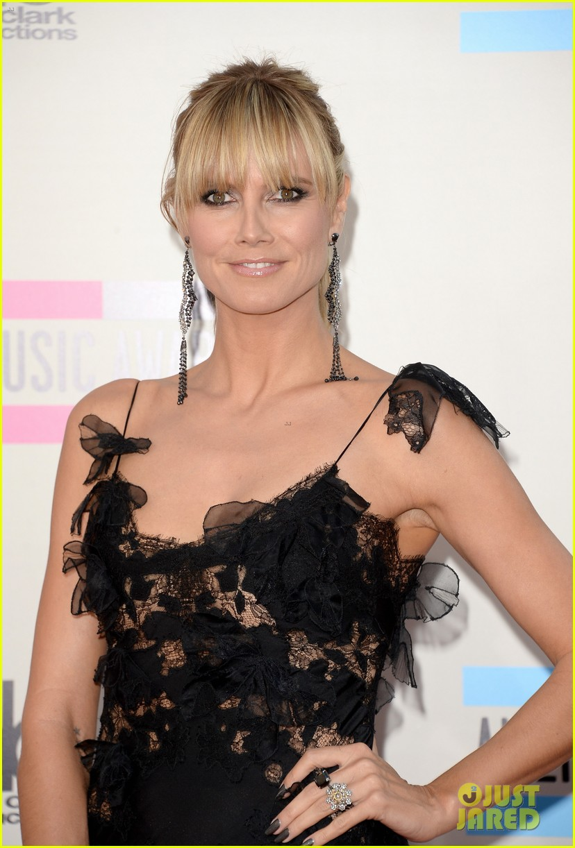nicole richie heidi klum amas 2013 red carpet 12