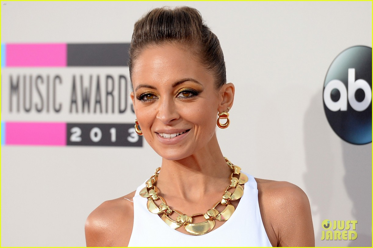 nicole richie heidi klum amas 2013 red carpet 132999352