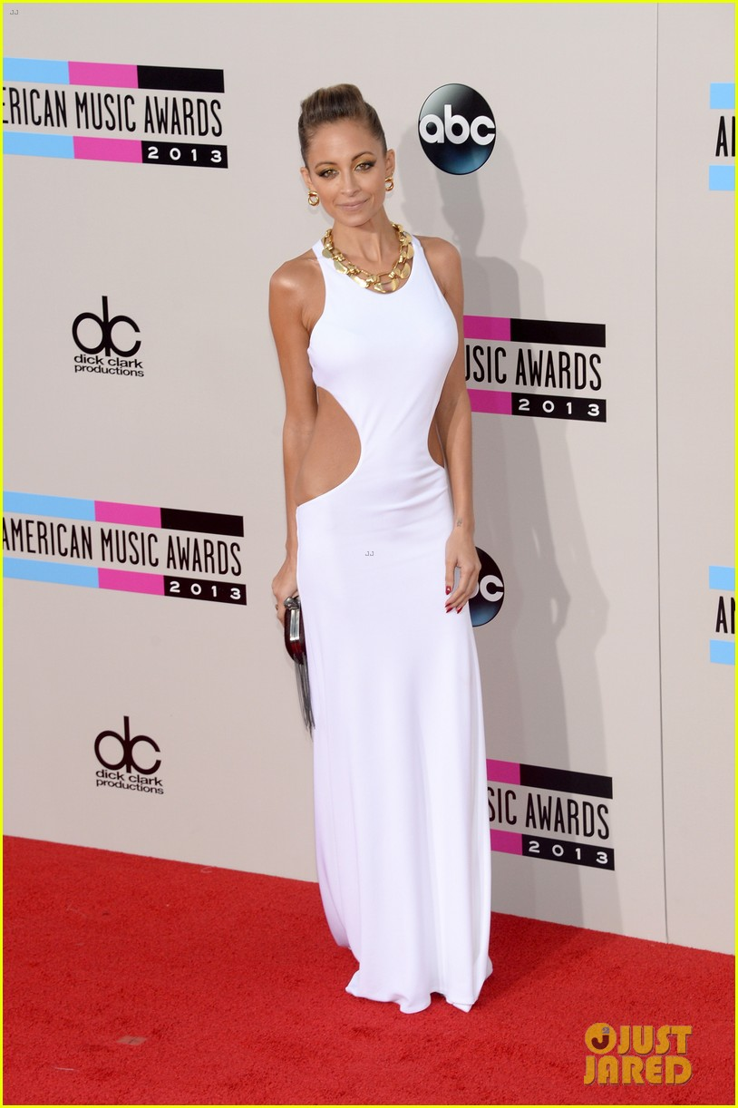 nicole richie heidi klum amas 2013 red carpet 162999355