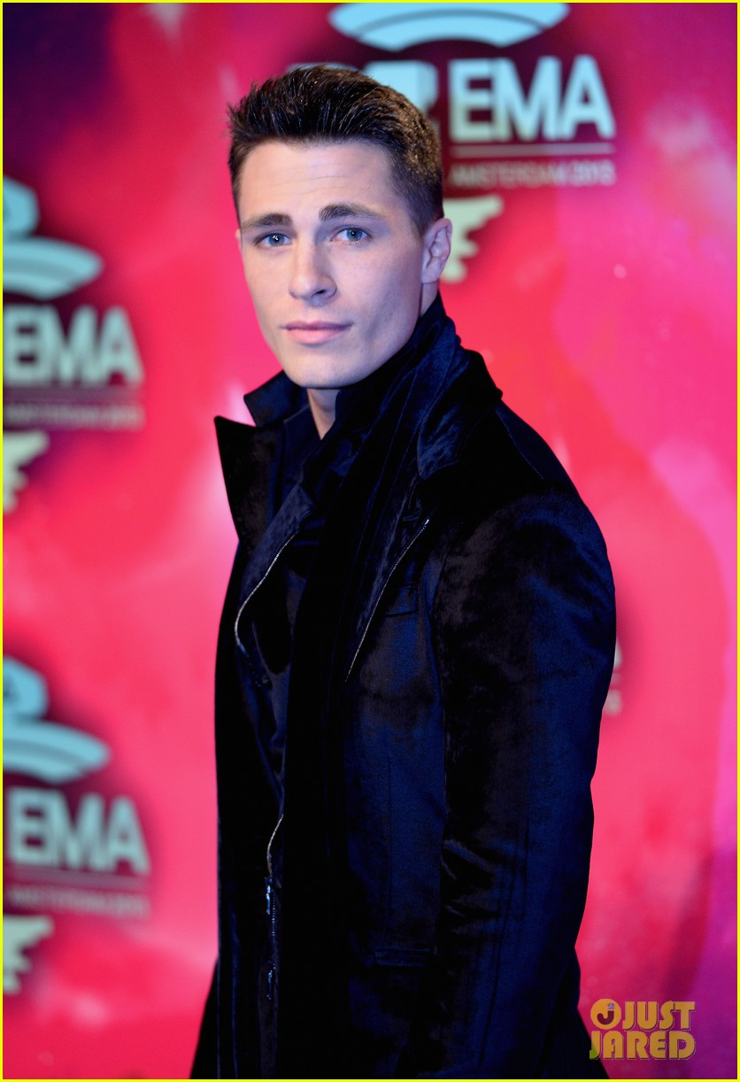 louise roe colton haynes mtv ema 2013 red carpet 02