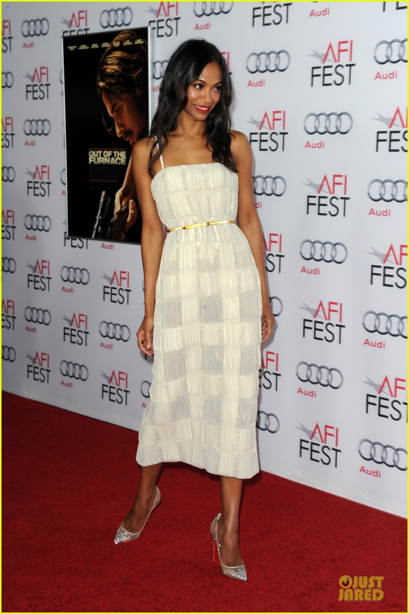 zoe saldana out of the furnace hollywood screening 13
