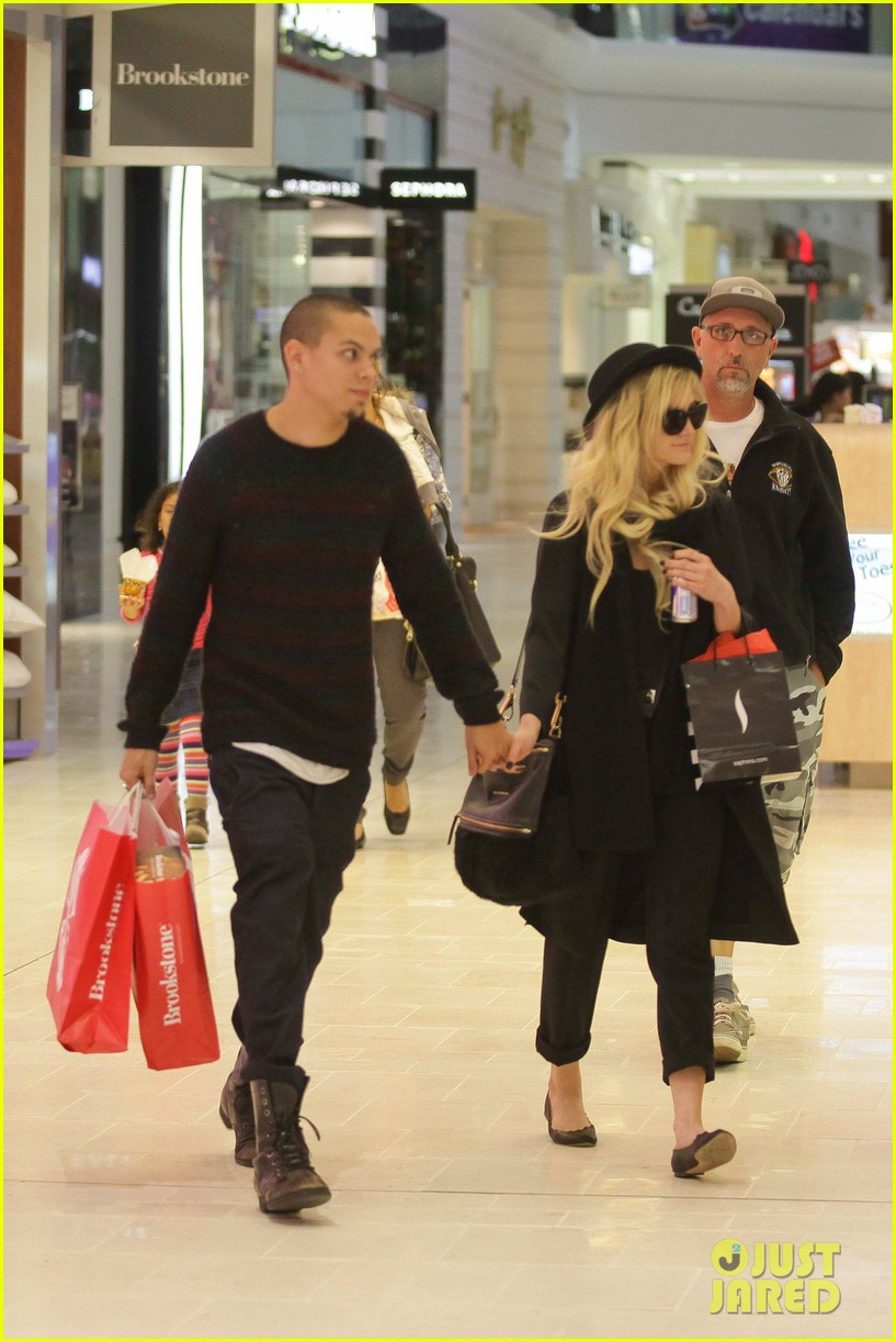ashlee simpson is the one says boyfriend evan ross 042996480