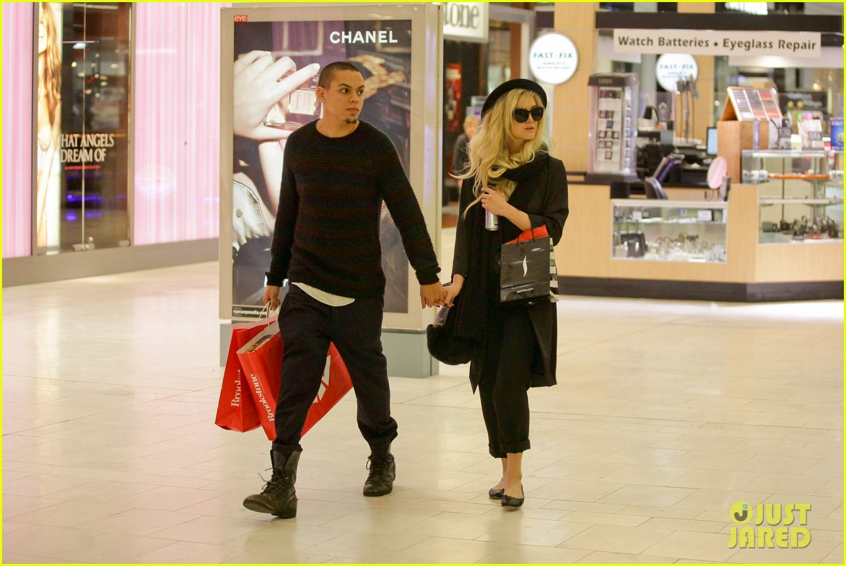 ashlee simpson is the one says boyfriend evan ross 142996490