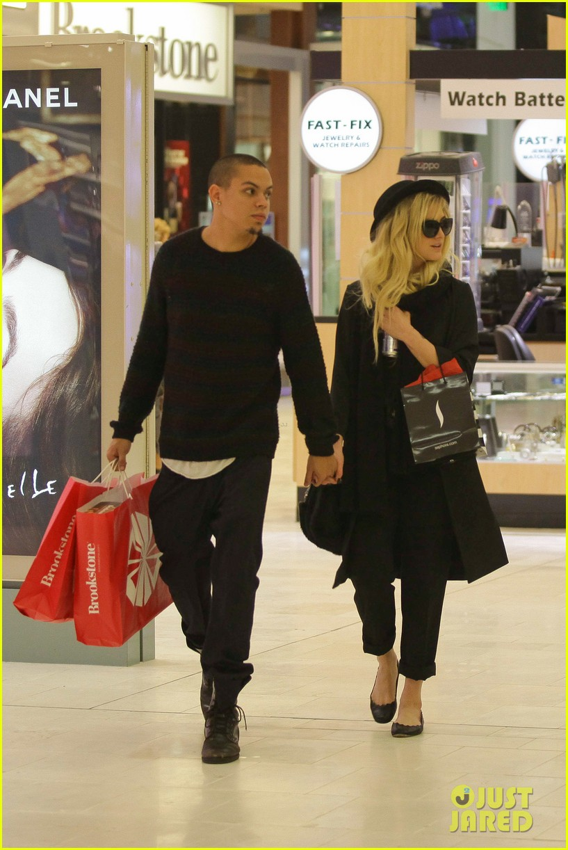 ashlee simpson is the one says boyfriend evan ross 18