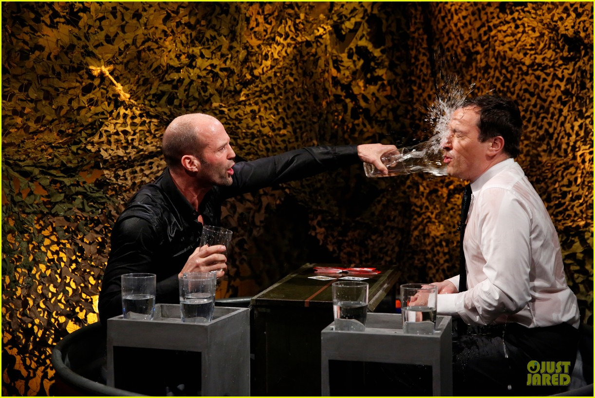 jason statham plays water wars on fallon 02
