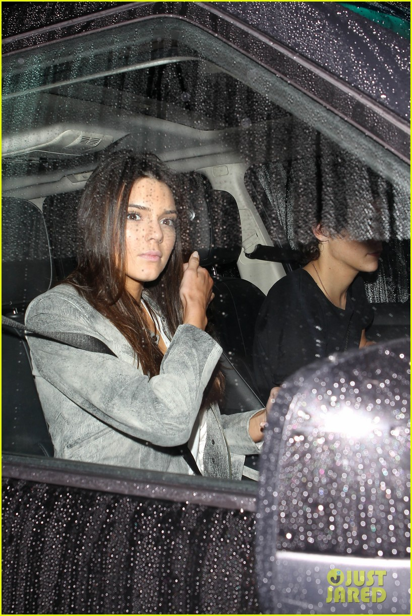 harry styles kendall jenner leave dinner together 08