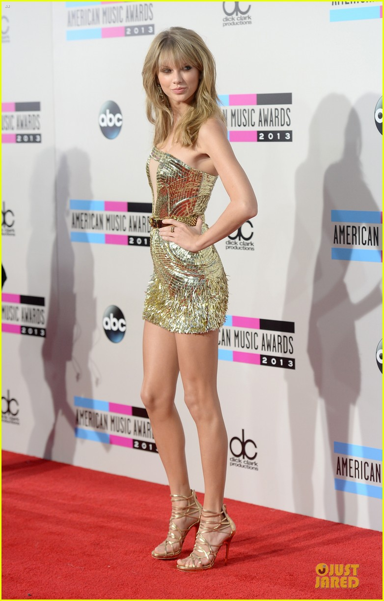 taylor swift amas 2013 red carpet 03