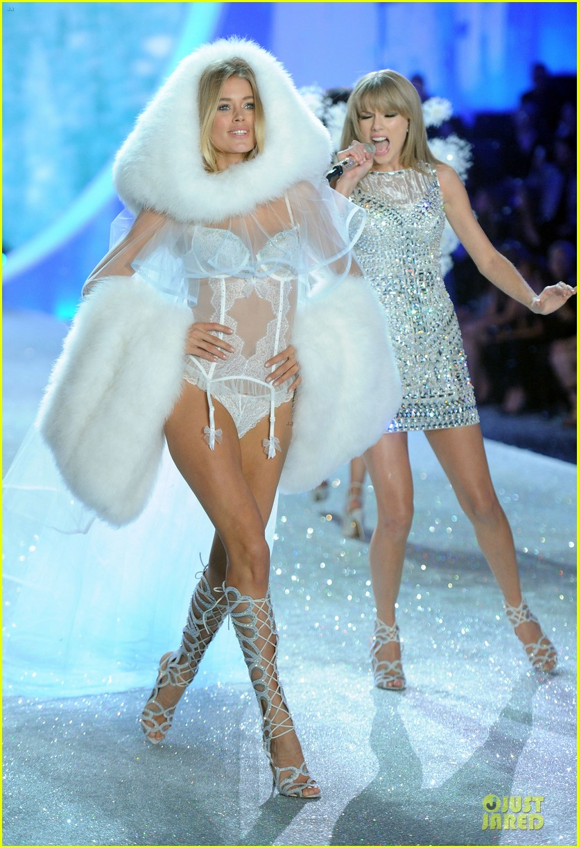 taylor swift victorias secret fashion show performer 2013 09