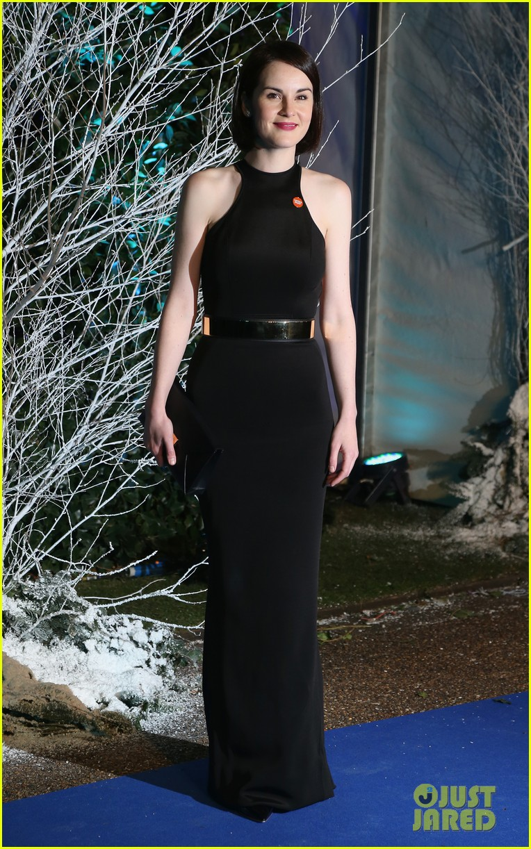 taylor swift michelle dockery winter whites gala 09