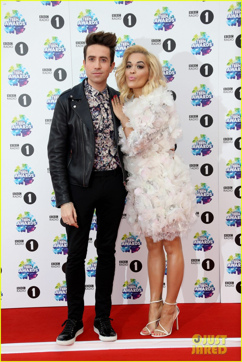 taylor swift rita ora bbc radio 1 teen awards 2013 08