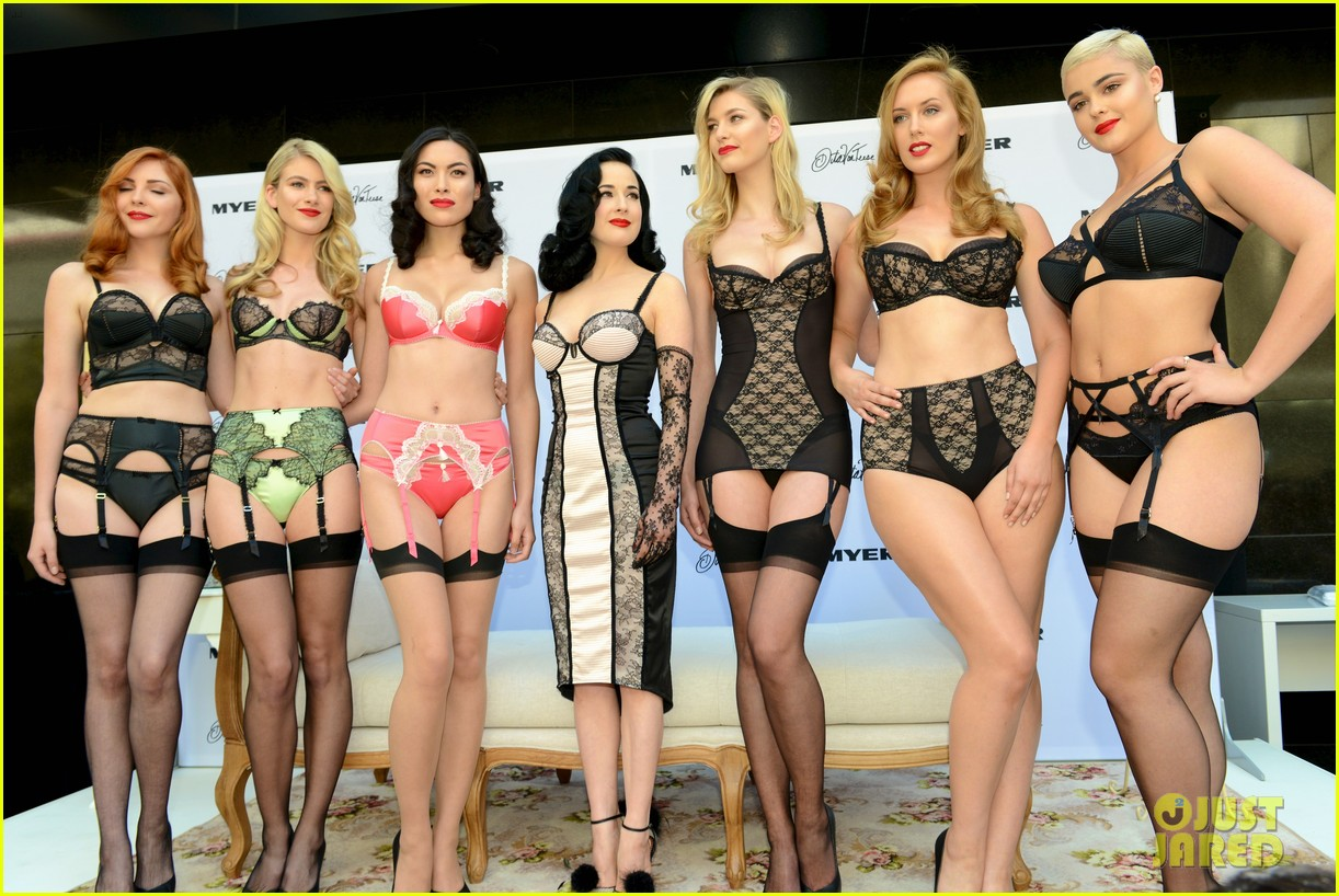 dita von teese debuts new lingerie collection in melbourne 02